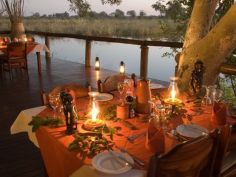 Lianshulu Lodge, Dinner am Kwando River