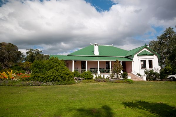 Amakhala Leeuwenbosch Country House