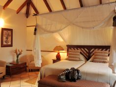 Idube Game Lodge - Chalet
